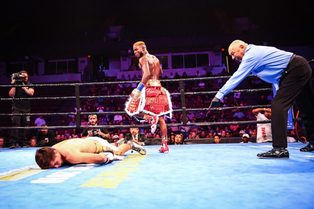 highlight   Beltran on gives  Chris Big Colbert knockout