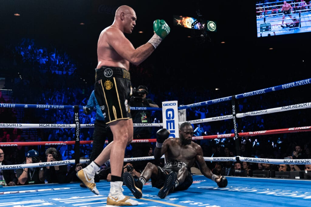 Tyson Fury Makes Joshua FIght Offical