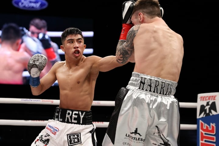 Report- Julio Caesar Martinez Will Be Part Of Canelo PPV