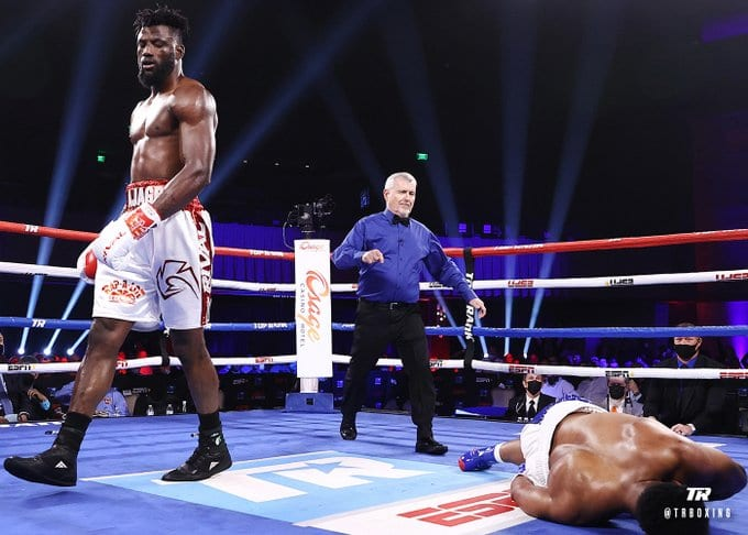 Efe Ajagba Blasts Out Howard In Three Saturday - Big Fight Weekend