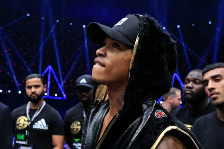 James Cook Helping Out Anthony Yarde Trainning