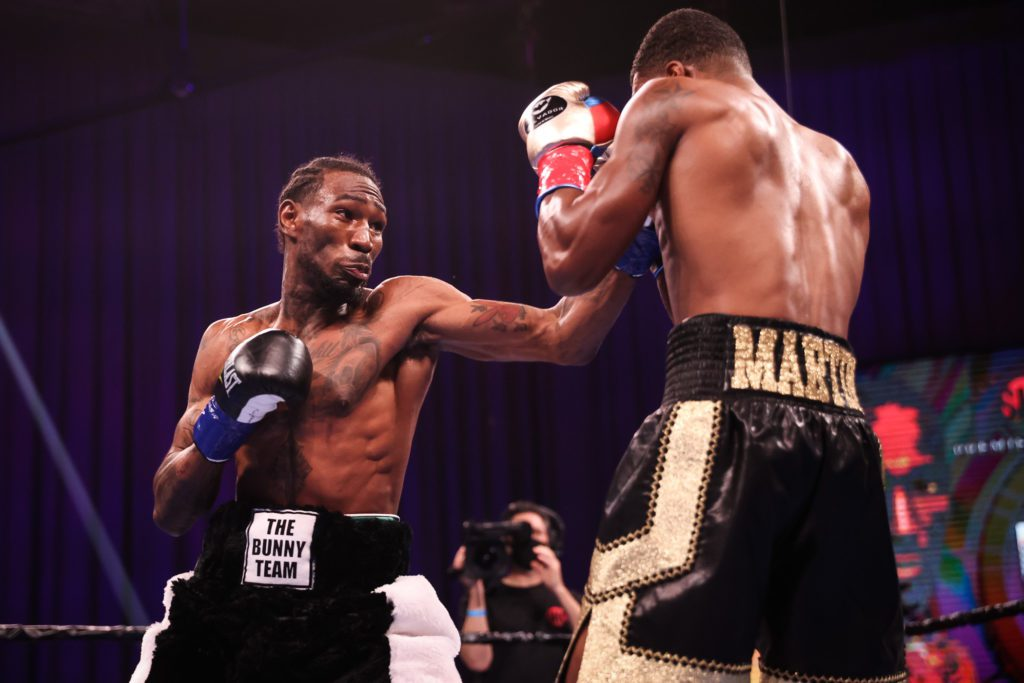 Robert Easter Jr Charged With Domestic Assault In Ohio