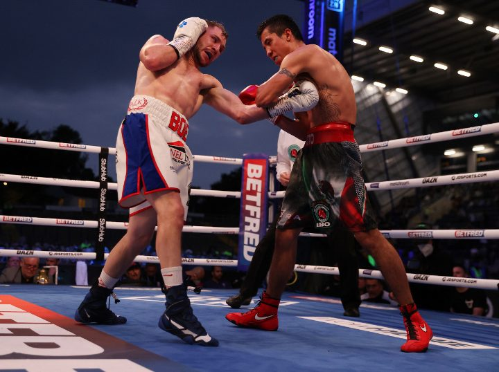Maxi Hughes Signs With Matchroom Boxing